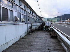 橋上市場(岩手県釜石市)- 日本...