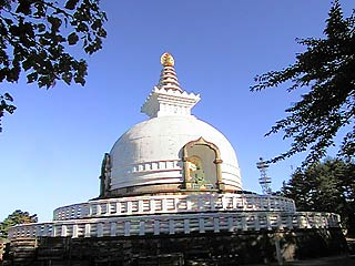 写真 日本山妙法寺のもう一つの特徴は、国内外に仏舎利塔(ストゥーパ)を建立し... 妙法寺・仙台